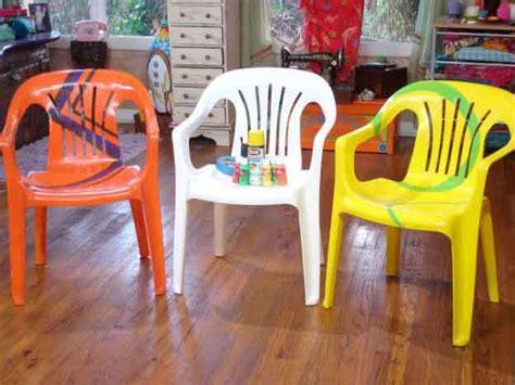 repeindre des chaises en plastique repeindre chaise plastique 20171002010651 tiawuk com