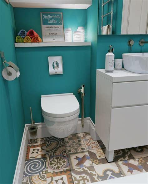 Badezimmer Fliesen Toilette by Streichen Badezimmer Patchwork Fliesen Tuerkis Wand