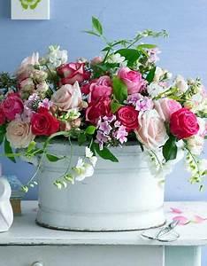 Langage Des Fleurs Pivoine : sommerstrau aus rosen phlox und wicken floral design ~ Melissatoandfro.com Idées de Décoration