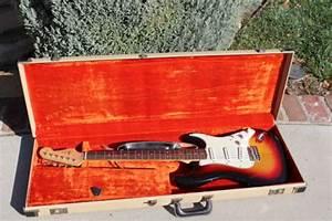 1963 Fender Stratocaster Sunburst  U0026gt  Guitars Electric Solid
