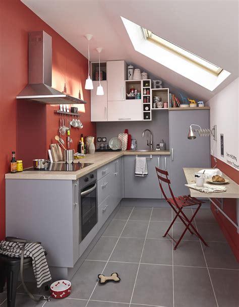 les de cuisine enchanteur cuisine sous pente avec les placards de cuisine