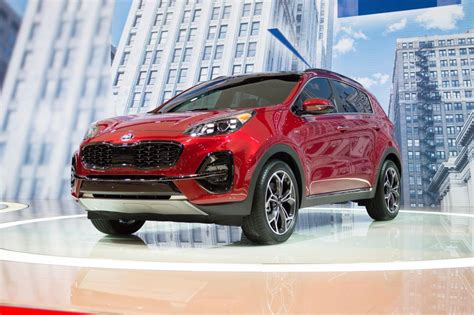 jeep kia 2020 2020 kia sportage debuts with updated styling and a lot