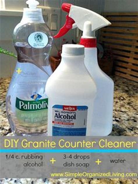 window cleaner vinegar dish soap water
