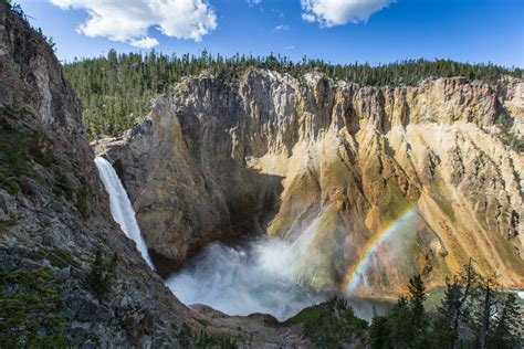 The Best Hikes Yellowstone National Park