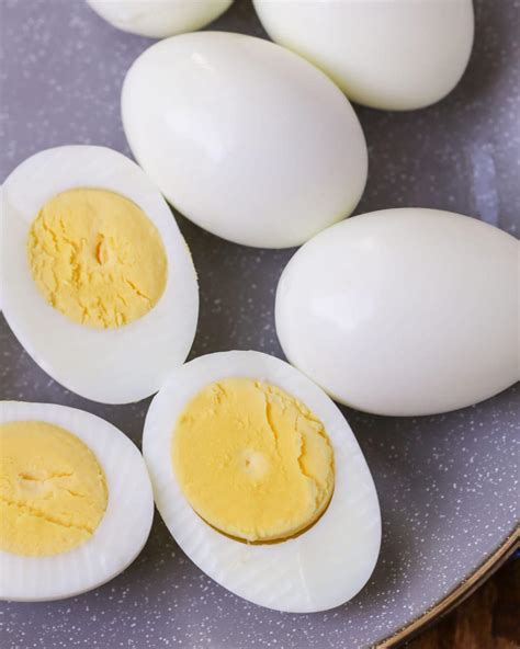 How to Boil the Perfect Egg - Step by Step (+VIDEO)   Lil ...