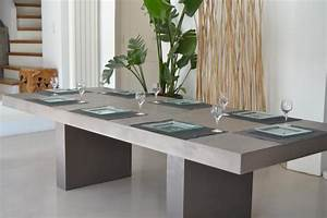 Antik table salle a manger beton design contemporain for Salle À manger contemporaineavec grande table salle À manger moderne