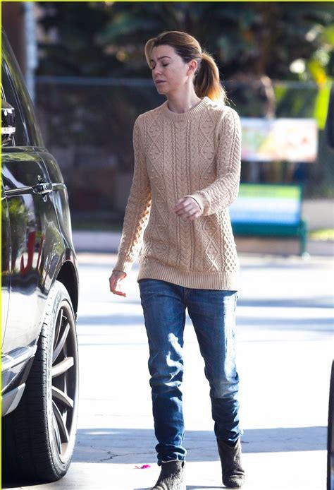 ellen pompeo  slouchy skinny jeans denimology