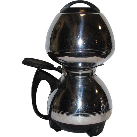 The coffee makers used in this method are often called siphon pots, siphon brewers, vacpots, or vacuum brewers. MCM Chrome Electric Vacuum Coffee Maker by Cory Corp, Model ACB, 8 : Fay Wray Antiques | Ruby Lane