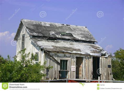 Verfallenes Haus Lizenzfreies Stockbild  Bild 763756