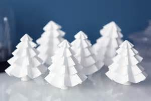 comment faire un sapin en papier don t mess with the rabbit do it yourself les sapins en papier