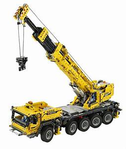 Lego Technic 42009 Mobile Crane Mk Ii With 2 606 Pieces