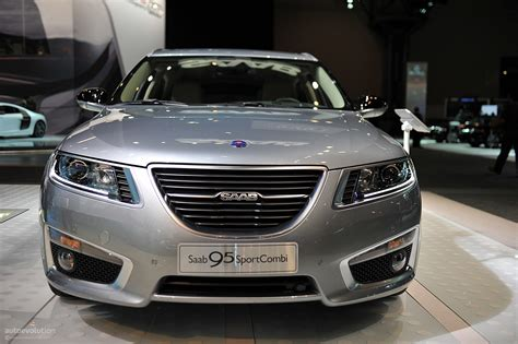 Saab 9-5 Sportcombi [live Photos]