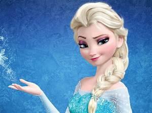 Idina Menzel Picks a Disney Girlfriend for Frozen's Elsa