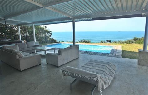 Beach House : Whale View Beach House-umdloti Self Catering