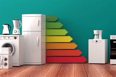 Pārbaudām piecus padomus, kā samazināt elektrības rēķinu ...