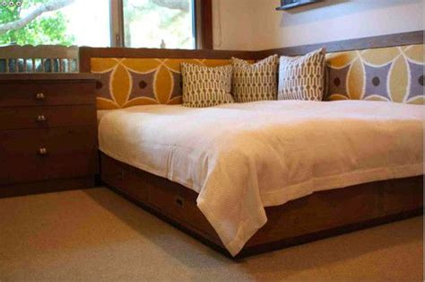 corner bed ideas corner bed ideas  adults bed