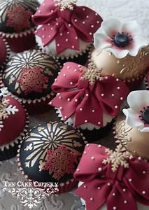 Classy Christmas Decors - Cupcakes