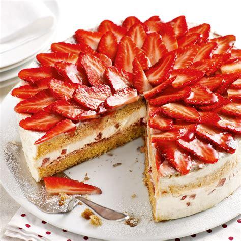 walnuss erdbeer torte rezept kuechengoetter