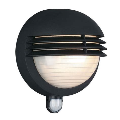 philips boston outdoor wall light with pir sensor lyco