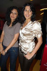 Surprising Age Gap Between Bollywood Stepmothers And Their ...