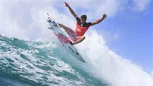 Julian Wilson - Gallery -- 2015 World Surf League preview ...