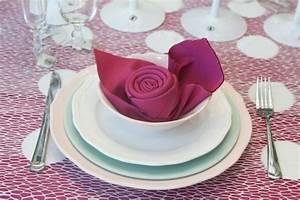 Servietten Rose Falten : servietten falten rose in wei er tasse schachtel pinterest ~ Eleganceandgraceweddings.com Haus und Dekorationen