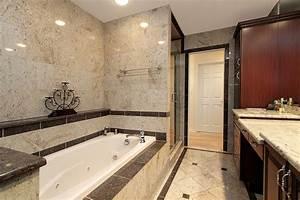 Fliesen Wand Bad : fliesen im bad diese sind geeignet ~ Markanthonyermac.com Haus und Dekorationen