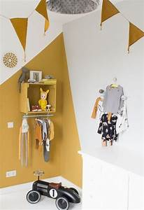 les 25 meilleures idees de la categorie peinture chambre With delightful couleur de mur tendance 1 la couleur jaune moutarde nouvelle tendance dans l