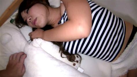 Dmat 061 Be Ejaculated Mugon Chikan In Secret By Younger Sister Lying Down Javbus