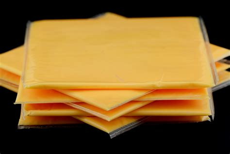 Nutritionists put their seal on Kraft's processed cheese ...
