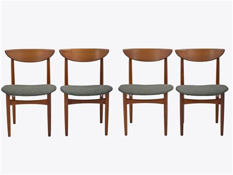 mid century dining chairs set of 8 in teak by kurt
