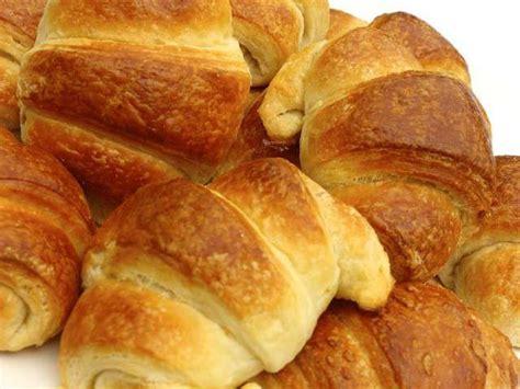 recette croissant avec pate feuillete recettes de croissants et p 226 te feuillet 233 e
