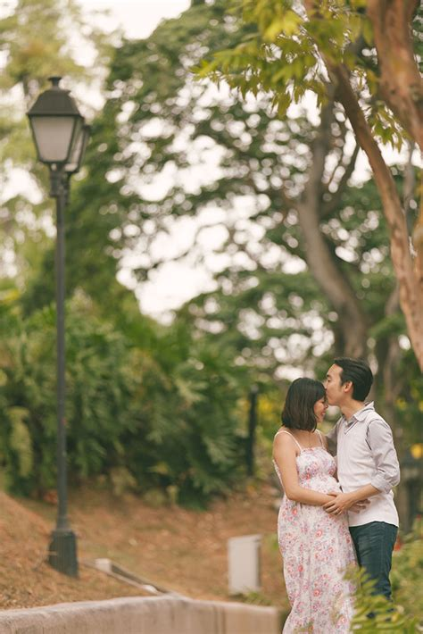 maternity shoot  fort canning richard michelle awesome memories photography
