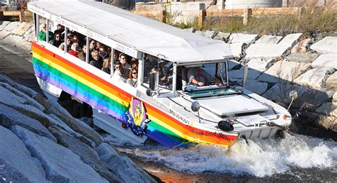 Boston Boat Tours by Tours That Depart From Return To Thenew England Aquarium