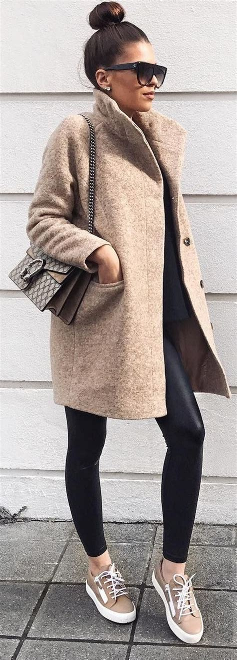 40 Outfit Ideas To Copy This Winter Season | Camel coat and Camels