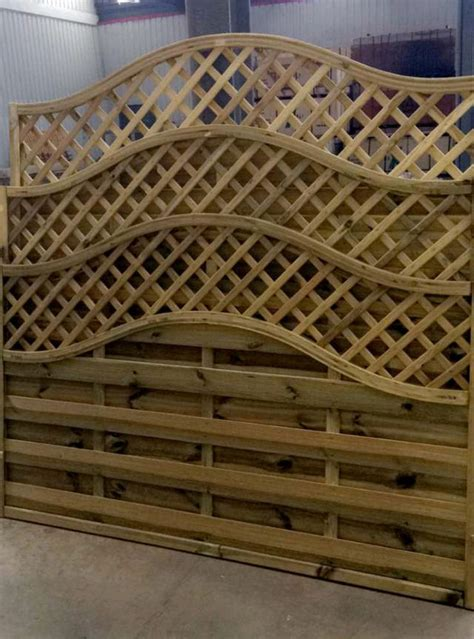 Lattice Garden Fence Panels by Best 25 Lattice Fence Panels Ideas On Privacy