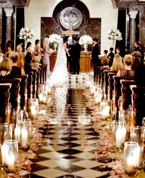 Memorable Wedding Wedding Ceremony Aisle Decorations