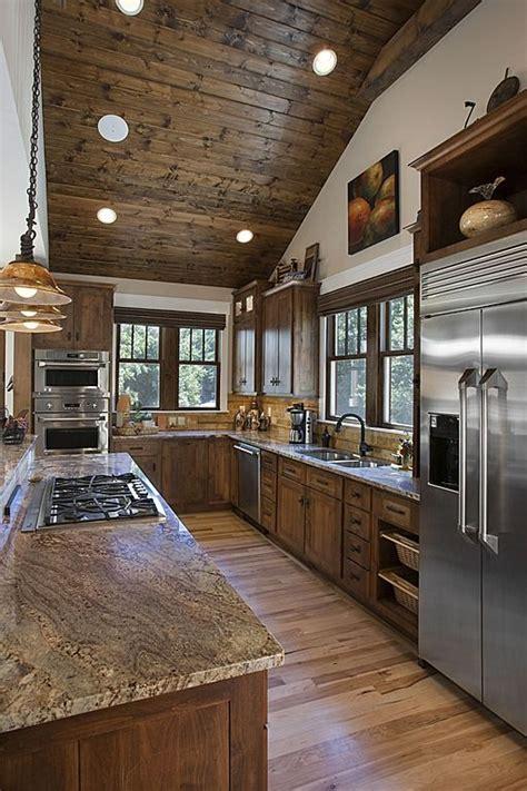 love  ceiling slopelightswood craftsman kitchen