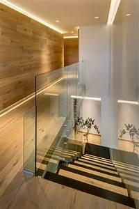 Treppe Indirekte Beleuchtung : gro e fensterfront innen f r tollen ausblick auf mexiko city ~ Eleganceandgraceweddings.com Haus und Dekorationen