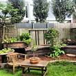 Cozy Small Backyard Landscaping House Design With Wooden ...