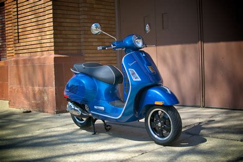 Review Vespa Gts by Review 2015 Vespa Gts 300 Abs Scooterfile