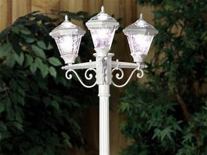 Solar Powered Planter Lights 3 Head Solar Post Lamp White