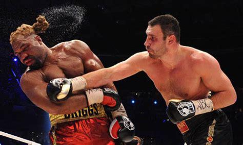 Mit Boxen by Boxen Vitali Klitschko Verteidigt Weltmeistertitel
