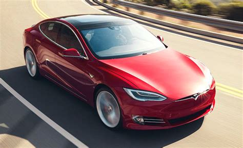 tesla model   worlds  selling plug  car