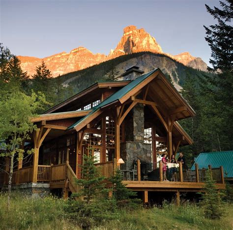 7 Comfy Mountain Cabins for Roughing It in Style