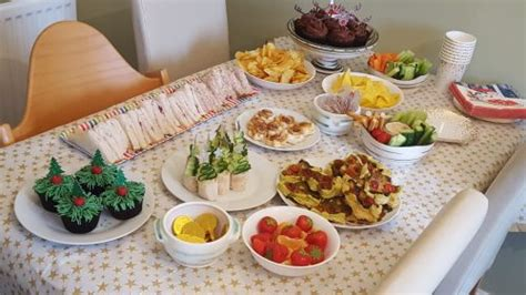 Christmas Party Food Ideas  Friendly First Foods