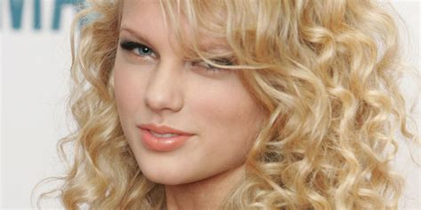 Taylor Swift's Hair Has Really Transformed Over The Years