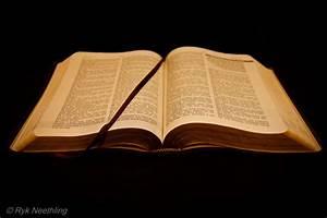 Image Gallery open bible