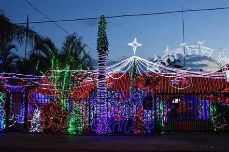 danville liggiehuis light up christmas for the needy