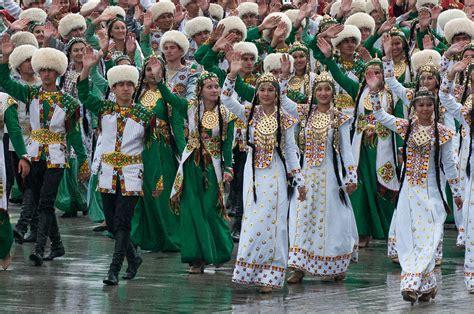 Turkmens - Wikipedia